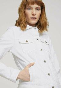 TOM TAILOR - MIT KNITTERDETAILS - Denim jacket - white - 3