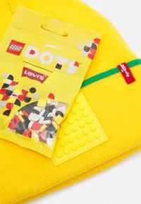Levi's® - LEGO BEANIE SET UNISEX - Mössa - yellow - 2