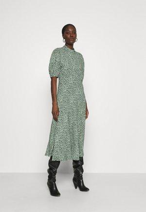 LUELLA DRESS - Robe d'été - green