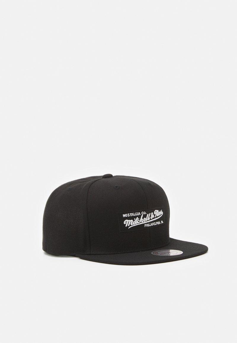 Mitchell & Ness - BRANDED SMALL BOX LOGO SNAPBACK - Cap - black