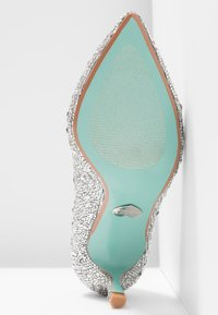 Blue by Betsey Johnson - JORA - Pumps - silver - 6