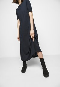 DRYKORN - JANNIE - Jersey dress - blau - 3