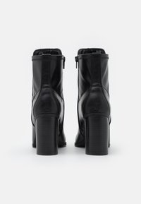Call it Spring - CLOEY - Classic ankle boots - black - 3