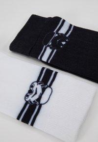 Mister Tee - STORMTROOPER HEAD SOCKS 2 PACK - Chaussettes - black/white - 2