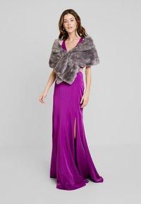 Mascara - Occasion wear - purple - 1