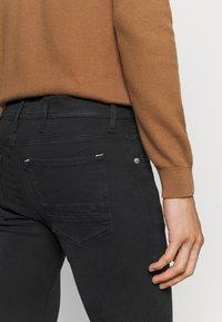 Replay - MAX TITANIUM - Slim fit jeans - black - 4