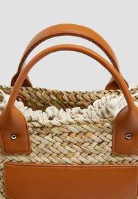 PULL&BEAR - Handbag - sand - 4