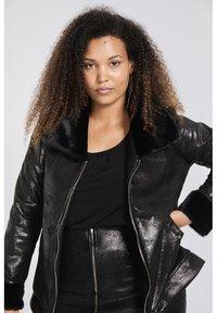 SPG Woman - Imitatieleren jas - black - 3
