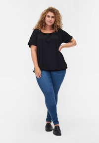 Zizzi - Basic T-shirt - black - 1