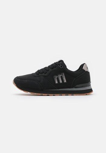 JOGGO - Zapatillas - black