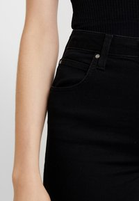 Lee - SCARLETT SUPER HIGH BODY - Jeans Skinny Fit - black rinse - 3