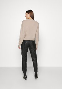 Second Female - INDIE NEW TROUSERS - Leather trousers - black - 2