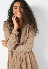 ORSAY - PUNKTEN - Jumper dress - creme beige - 2
