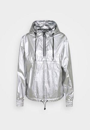 ANDORRA REFLECTIVE - Træningsjakker - reflective silver