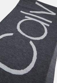 Calvin Klein - SCARF - Scarf - grey - 2