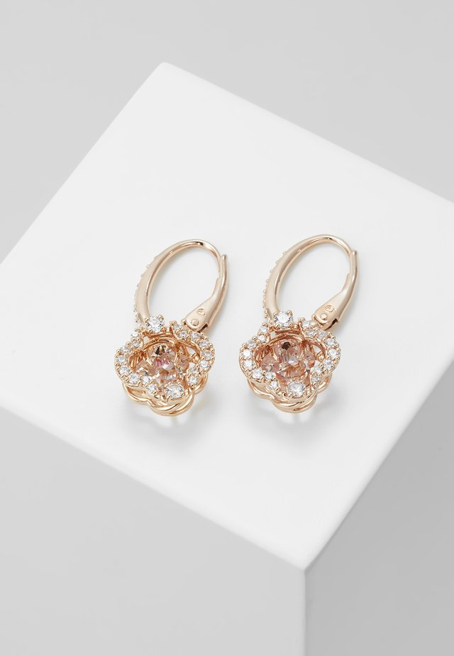 SPARKLING CLOVER - Korvakorut - fancy morganite