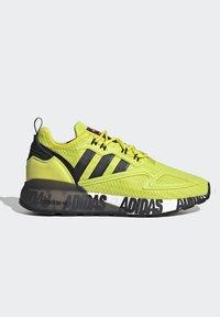 adidas Originals - ZX 2K BOOST UNISEX - Tenisky - acid yellow/core black/footwear white - 8