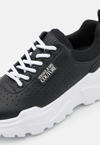 Versace Jeans Couture - Sneakers laag - black - 6