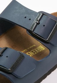 Birkenstock - ARIZONA NARROW FIT - Slip-ins - blau - 5