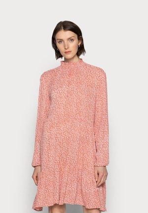 LORA AMBER DRESS - Day dress - apricot/chalk