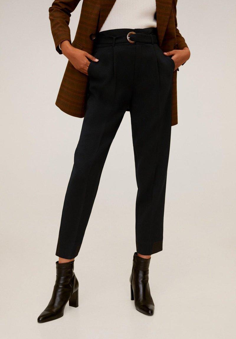 Mango - MANUEL - Trousers - schwarz