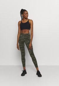 Sweaty Betty - POWER WORKOUT LEGGINGS - Leggings - olive - 1
