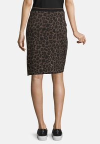 Betty Barclay - MIT JACQUARD - Pencil skirt - black/taupe - 2