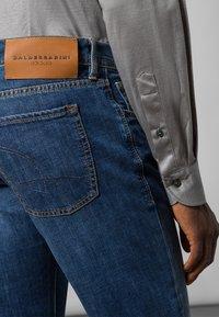 Baldessarini - 5-POCKET JACK - Straight leg jeans - blue fashion - 4