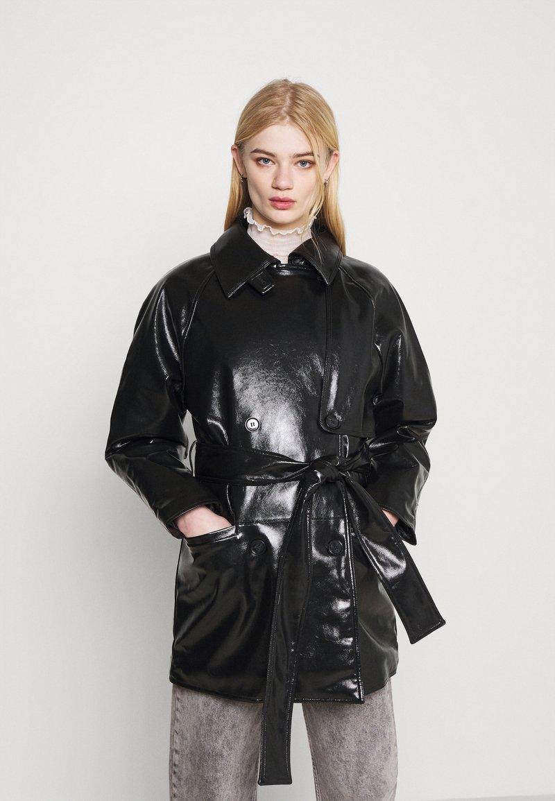 Weekday - JANIS SHORT JACKET - Short coat - black