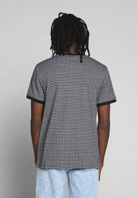 Brave Soul - SIAMESE - T-shirt print - black/white - 2