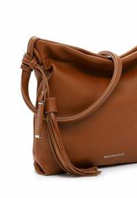 Emily & Noah - ELIANA - Handbag - cognac - 5