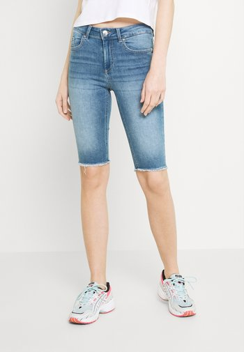 ONLBLUSH WAIST LONG - Denim shorts - medium blue denim