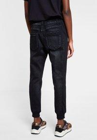 Desigual - DENIM_ISTAMBUL - Pantalon de survêtement - blue - 2