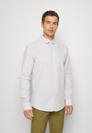 REGULAR FIT - Shirt - lunar rock