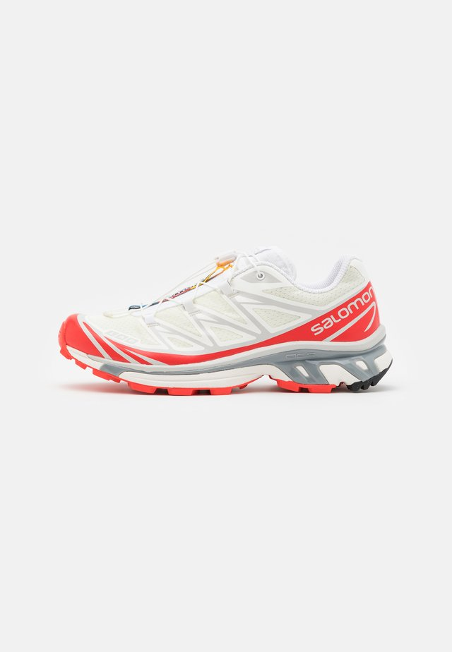 XT-6 ADV UNISEX - Trainers - vanilla ice/white/racing red
