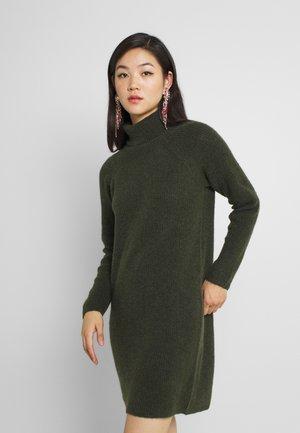 PCELLEN HIGH NECK DRESS  - Jumper dress - duffel bag