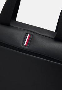 Tommy Hilfiger - SLIM COMPUTER BAG UNISEX - Briefcase - black - 4