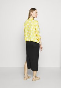 Paulina - SWEET FLOWERS - Camisa - yellow - 2