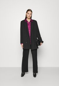Who What Wear - Button-down blouse - deep berry - 1