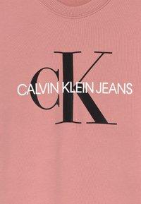 Calvin Klein Jeans - MONOGRAM SHINE - Vestito estivo - pink - 2