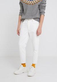 Won Hundred - BEN - Straight leg jeans - tinted white distressed - 0
