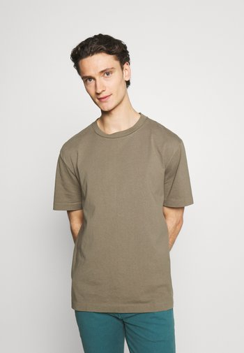 MUSICA CREW - Basic T-shirt - willow taupe