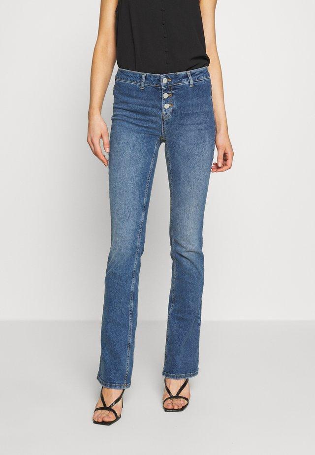 NMMARLI BOOTCUT  - Jeans bootcut - medium blue denim