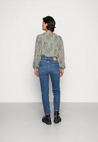 YAS - ZEO GIRLFRIEND - Slim fit jeans - light blue - 2