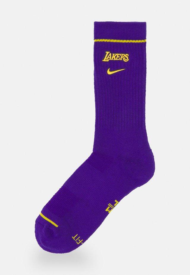 NBA LOS ANGELES LAKERS CREW SOCKS - Calze sportive - field purple/amarillo