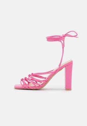 EMELINE - Sandalen - pink