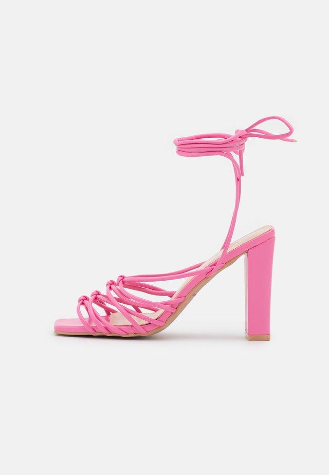 EMELINE - Sandaler - pink