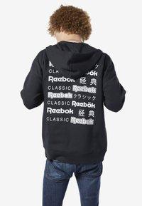 Reebok Classic - CLASSICS INTERNATIONAL GRAPHIC HOODIE - Sudadera con cremallera - black - 2