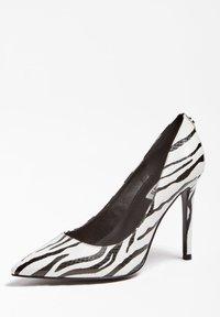 Guess - High heels - animalier - 2