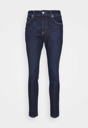 FINLEY SUPER SKINNY - Jeans Skinny Fit - denim dark